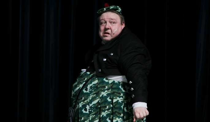 Известный актер сбросил к юбилею 100 килограммов