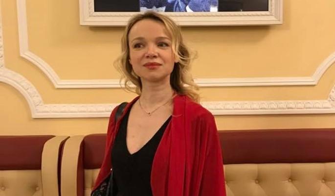 Цымбалюк-Романовскую с любовником благословили прямо под окнами Путина