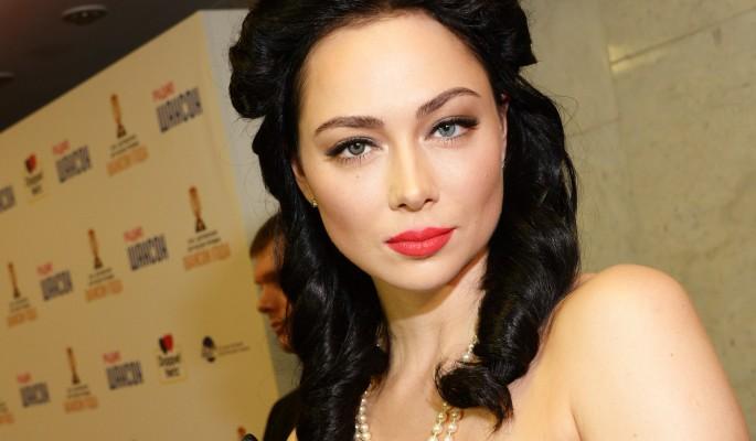 Самбурская выложила компромат на режиссера после увольнения из театра
