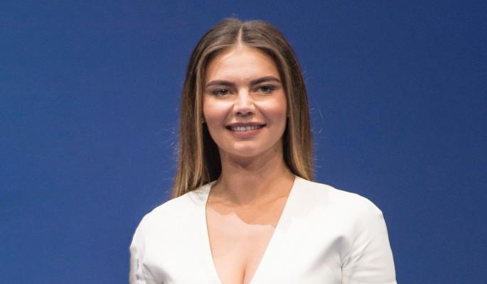 Уникальная судьба: сделано сенсационное заявление о родах Алины Кабаевой