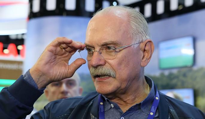 Оскандалившегося Михалкова втянули в серьезные разборки