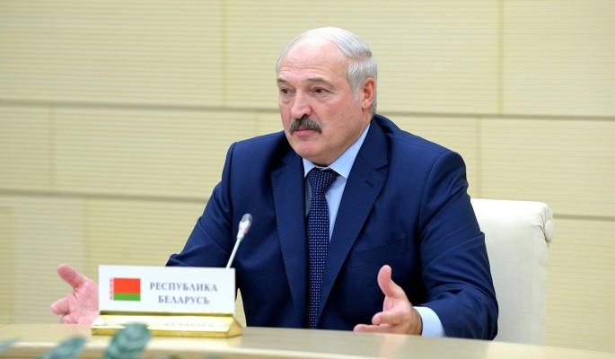 Обнищавшего Лукашенко раздели до трусов
