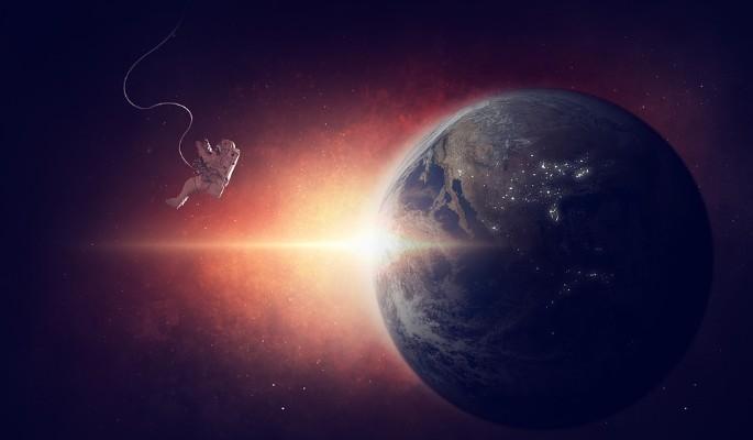 Зачем тратят деньги на освоение космоса