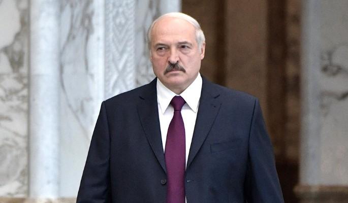 Лукашенко врезали за безумное транжирство