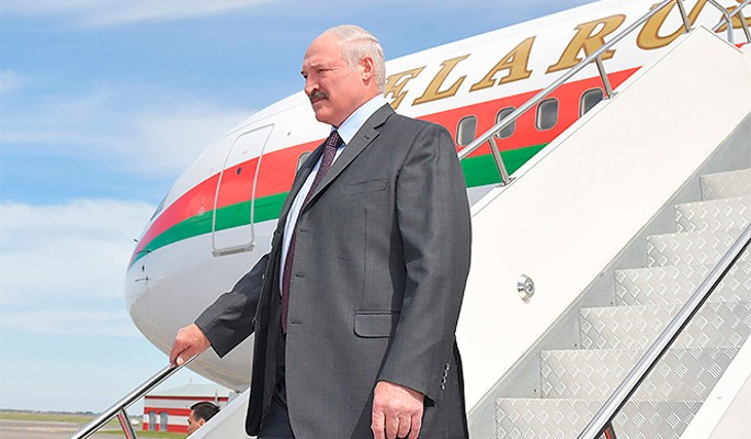 Отставка Лукашенко: названа новая должность Батьки