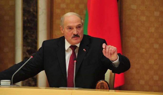 """Нас кинули"": Лукашенко припомнил миллиардный долг"