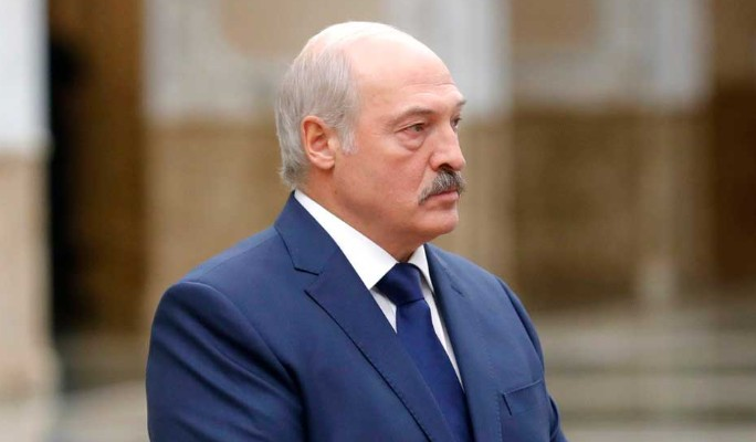 """""""Обида и ревность"""": Лукашенко попался на странном поведении"""