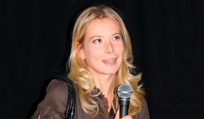 Юлия Высоцкая предстала полуобнаженной перед публикой
