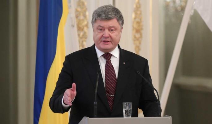Заявившего о купленном суде Порошенко отправили в тюрьму