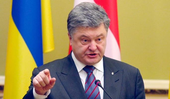 Порошенко дерзко пригрозил России санкциями