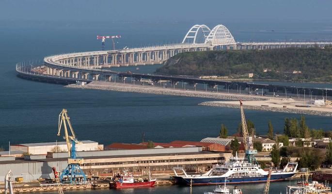 """Все разрушено"": люди в шоке после атаки на Крымский мост"