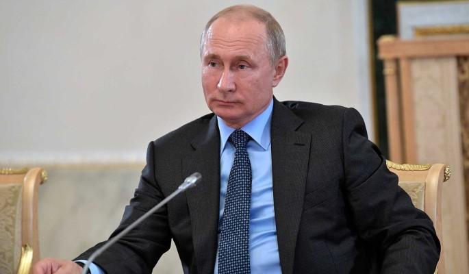 Почему студентка упала в обморок на встрече с Путиным