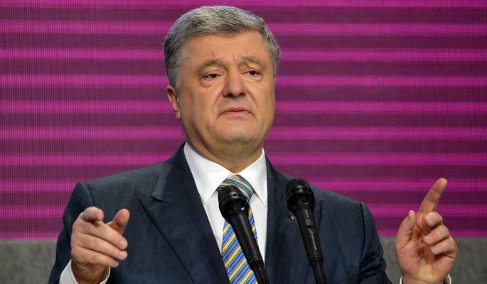 Зеленский уложил на лопатки зарвавшегося Порошенко