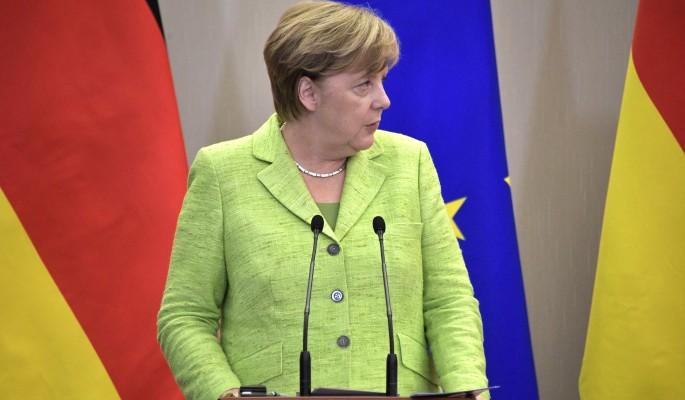 """""""Дрожащая женщина"""": Меркель перед уходом рассказала о своей болезни"""