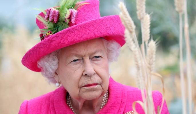 Распоясавшаяся Миддлтон получила нагоняй от Елизаветы II