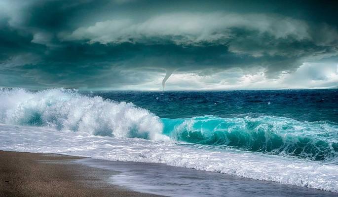 На Приморье надвигается мощный тайфун