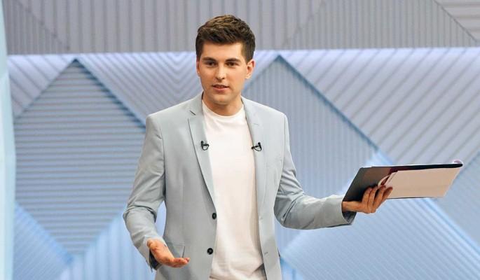 «Мы не спим с ним пять лет»: известная певица заявила о разводе в гостях у Борисова