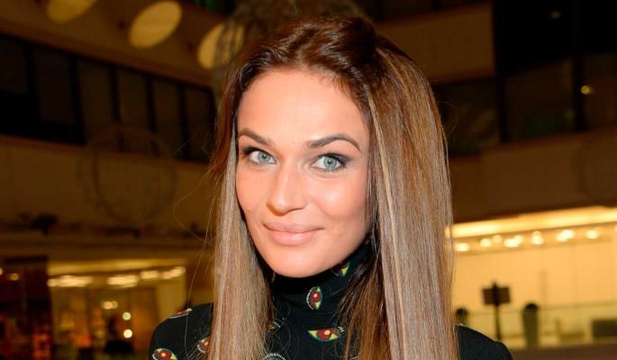 Алена Водонаева продемонстрировала свои прелести