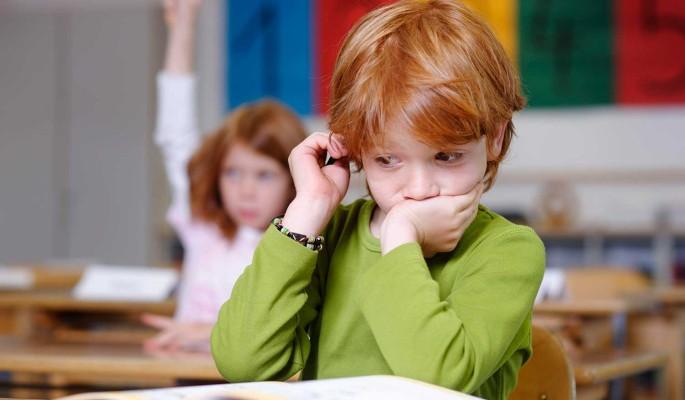 Названы опасные симптомы переутомления у школьников