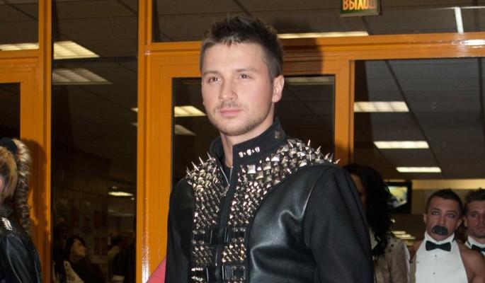 Сергея Лазарева сравнили с гномом-коротконожкой