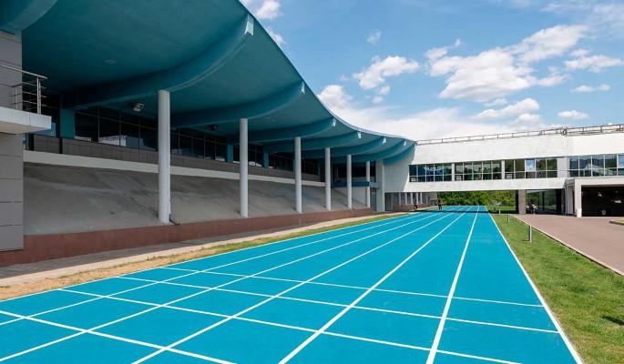 В поселке Северный благоустроили территорию школы олимпийского резерва