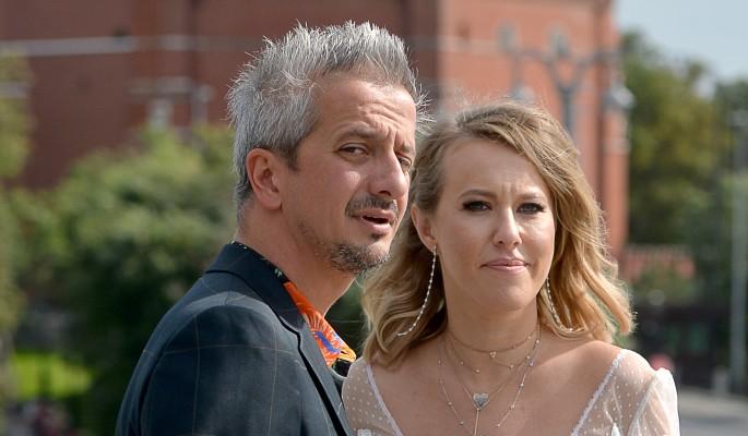 Почему вновь замужняя Ксения Собчак скрывает свой живот