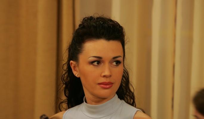 Самые последние новости о больной раком Анастасии Заворотнюк