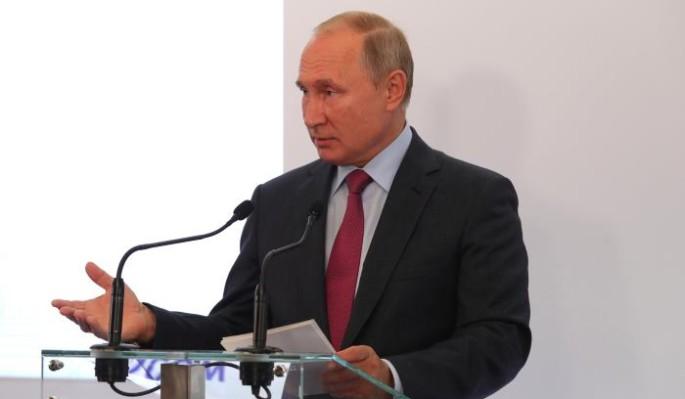 Путин жестко раскритиковал чиновников
