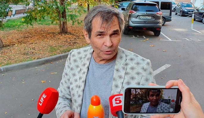 Оболванивший миллионы людей Алибасов запретил всей стране обсуждать Заворотнюк