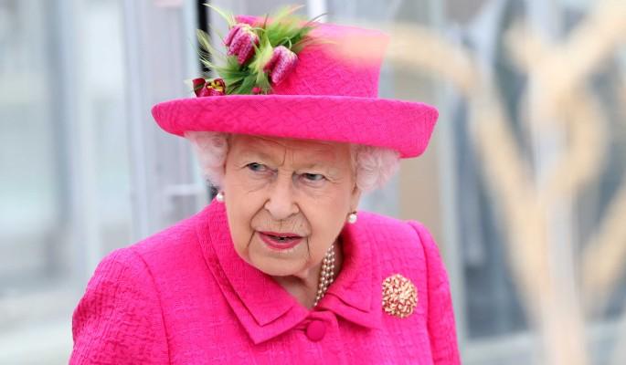 Елизавета II напугала народ отказом от операции