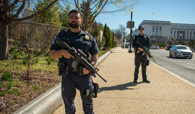 Один погиб: стрельба в Вашингтоне попала на видео