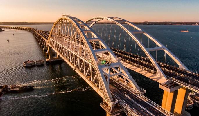 Инцидент на Крымском мосту переполошил народ