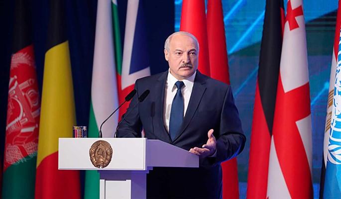 Допрыгался: в Москве объявили о санкциях против Лукашенко