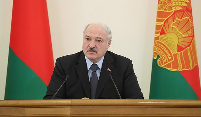СМИ сообщают об избиении 65-летнего Лукашенко
