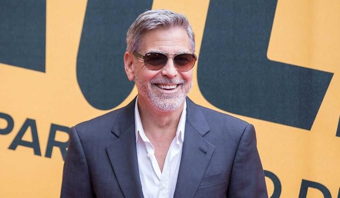 Джордж Клуни закрутил интрижку на стороне