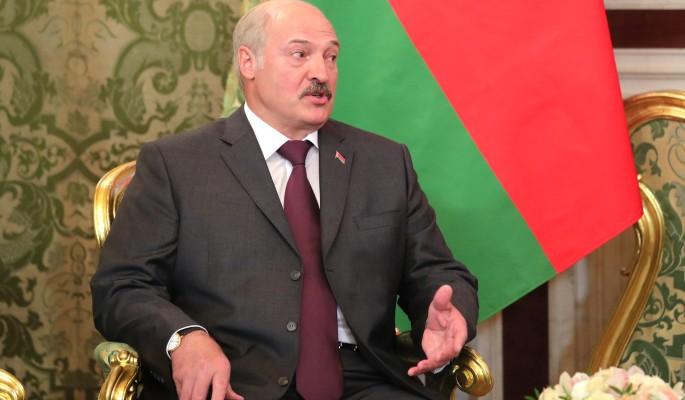 Лукашенко пожаловался на усталость от обязанностей президента