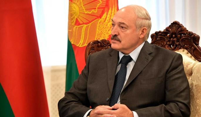 В страхе перед Путиным: раскрыто состояние нервного Лукашенко