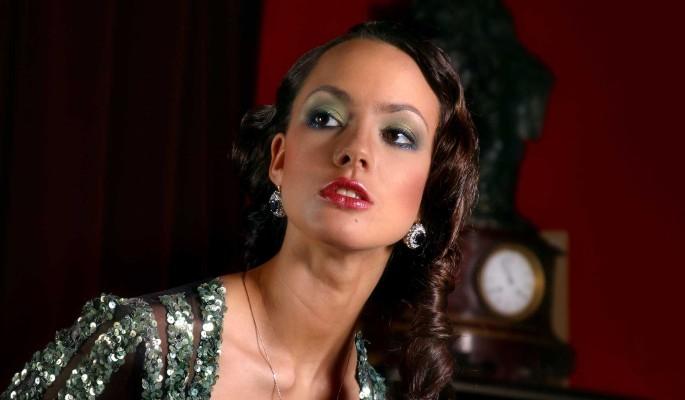 Российской актрисе-красавице закрыли выезд в Голливуд из-за миллионных долгов