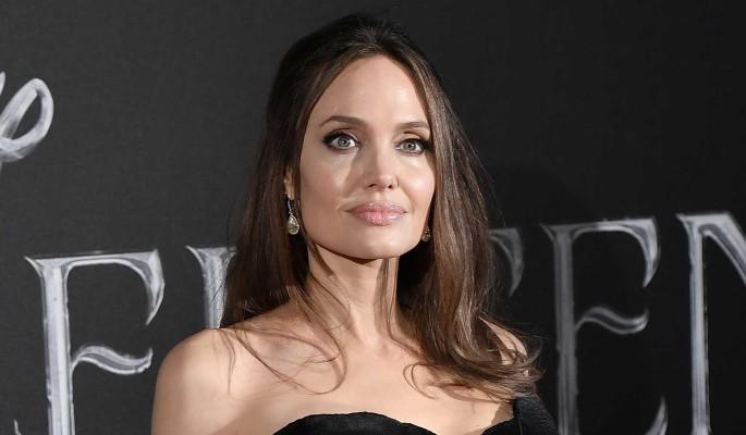 Анджелина Джоли оказалась в зависимости от Брэда Питта