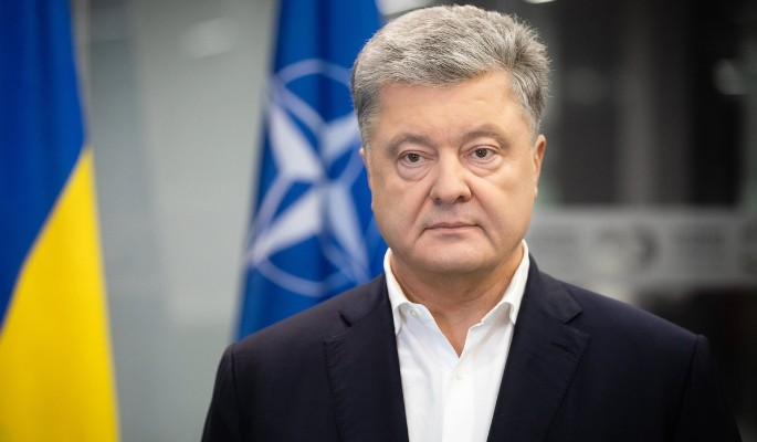 Причастен к массовым убийствам: положение забитого Порошенко резко ухудшилось