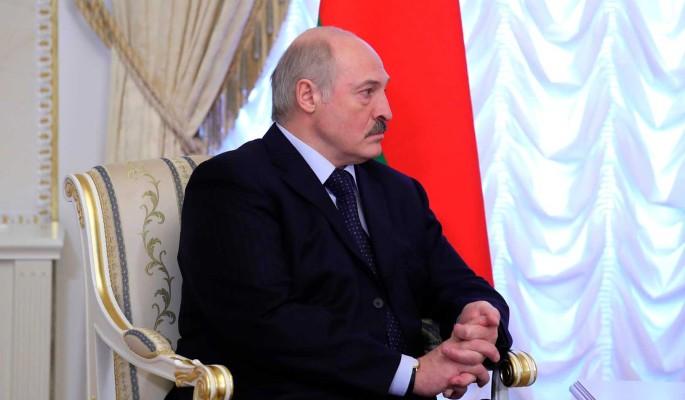Массовые протесты в Минске: Лукашенко посоветовали спасаться бегством