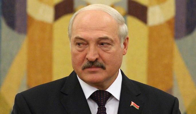 Старый друг вонзил нож в спину Лукашенко