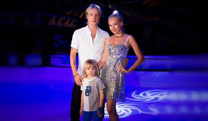 Рудковская и Плющенко борются за жизнь маленького сына
