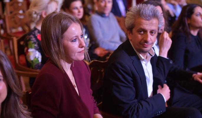 Не живут в одном доме: раскрыт сенсационный секрет брака Собчак и Богомолова
