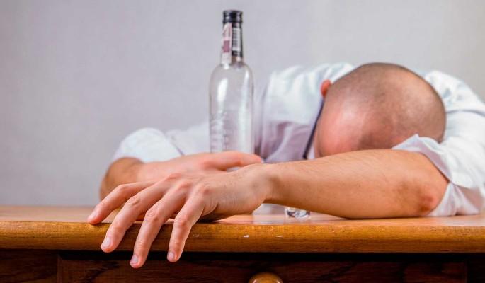 Найден способ лечения пораженной алкоголем печени