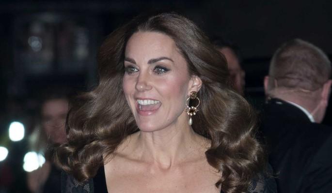 Кейт Миддлтон пришла в прозрачном платье на благотворительный вечер