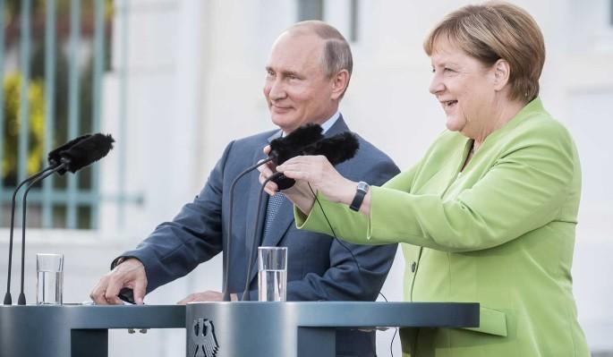 Попался на крючок: Путин и Меркель загнали Зеленского в ловушку