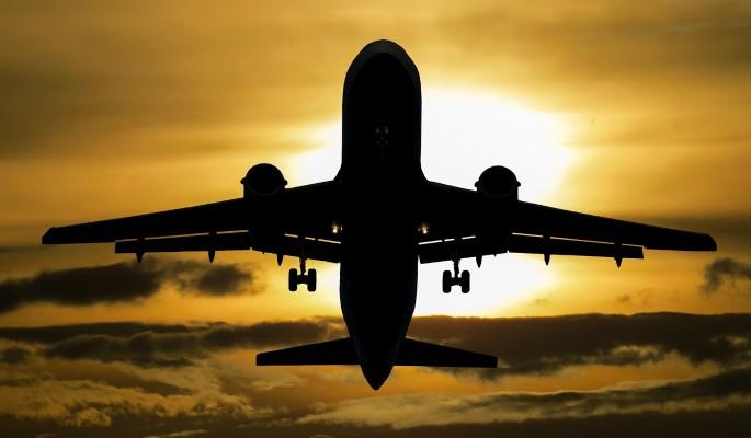 Оторвалось шасси: видео экстренно севшего Boeing попало в Сеть