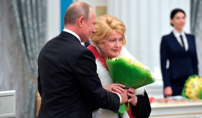 Доронина бросилась к Путину с мольбой о помощи