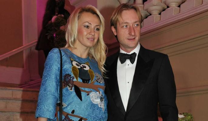 Разведенная с Плющенко Рудковская закатила истерику